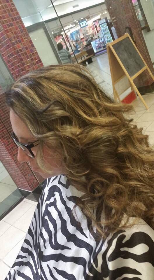 Anthony david platinum salon hair salons 200 sw c ave for A david anthony salon