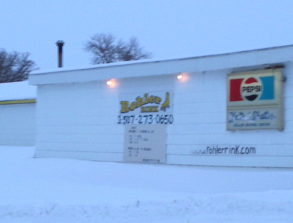 Rohler Rink: 316 SE Market St, Brownsdale, MN