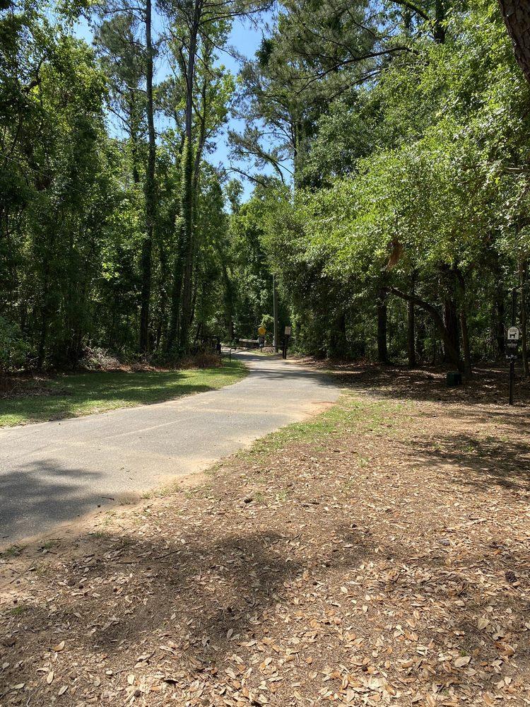 Village Point Park Boardwalk: 6372 Jackson's Oak Dr, Daphne, AL