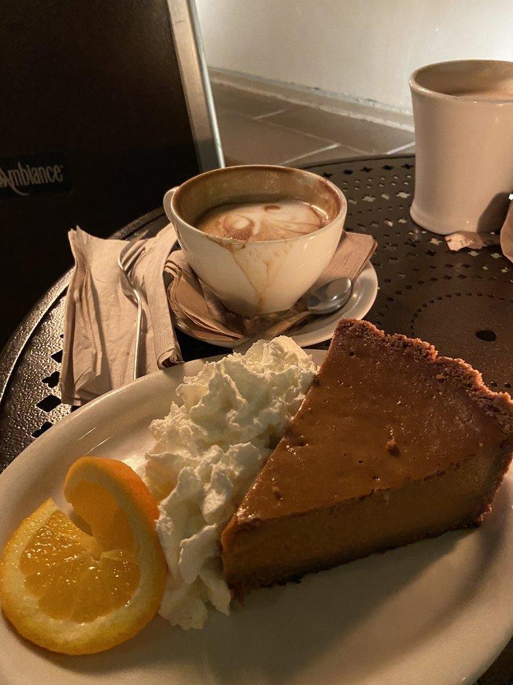 Urth Caffé - Santa Monica