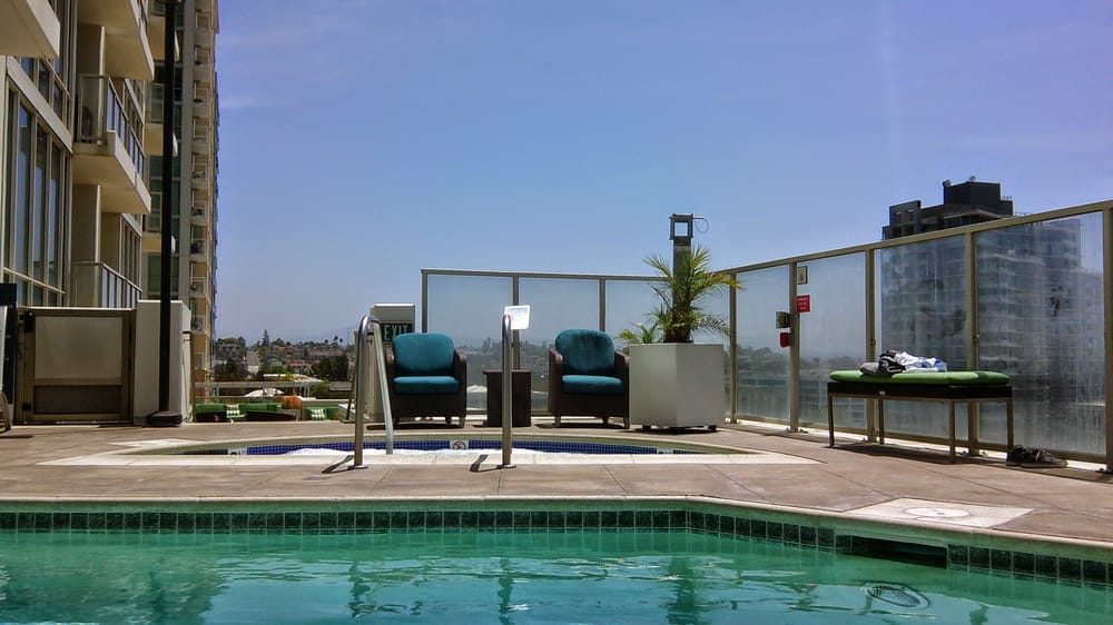 Vantage Pointe Apartments San Diego Reviews
