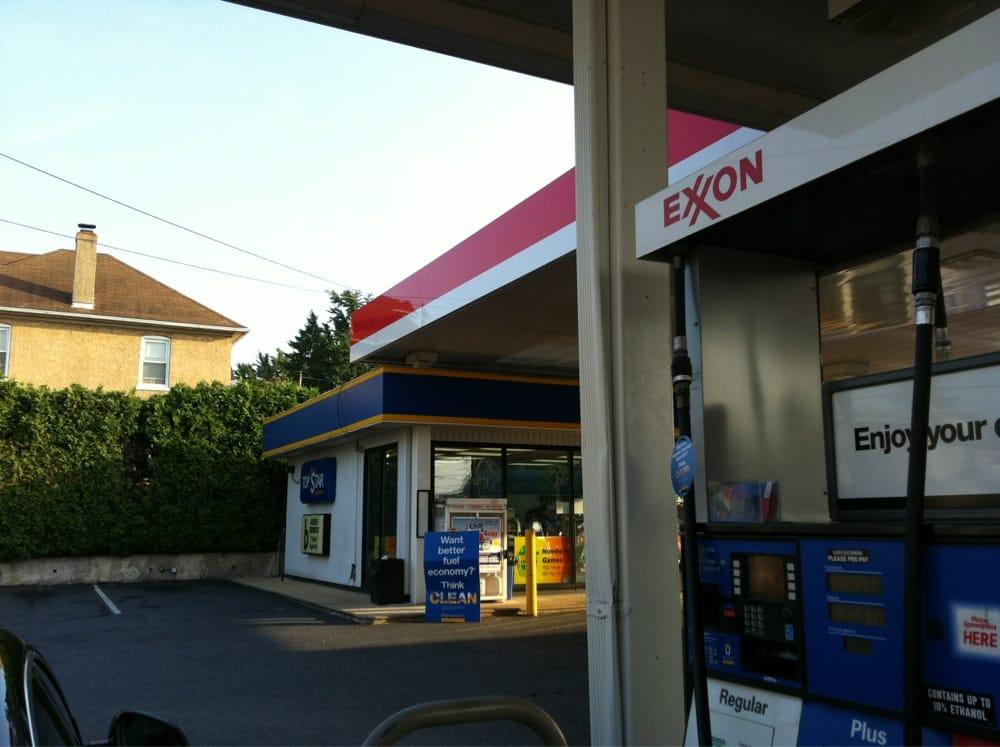 Top Star Express Exxon: 1570 Main St, Hellertown, PA