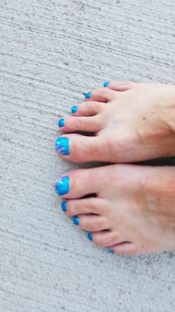 Essential Nails & Spa: 1119 Civic Center Dr NW, Rochester, MN