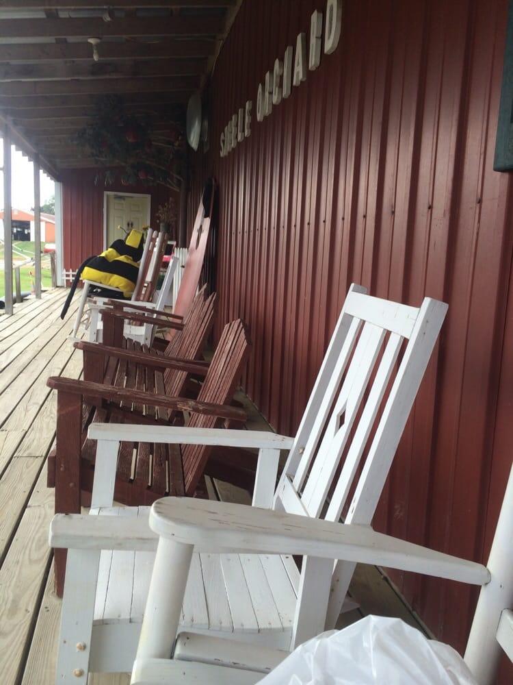 Steele Orchard: 1695 County Road 1141, Cullman, AL