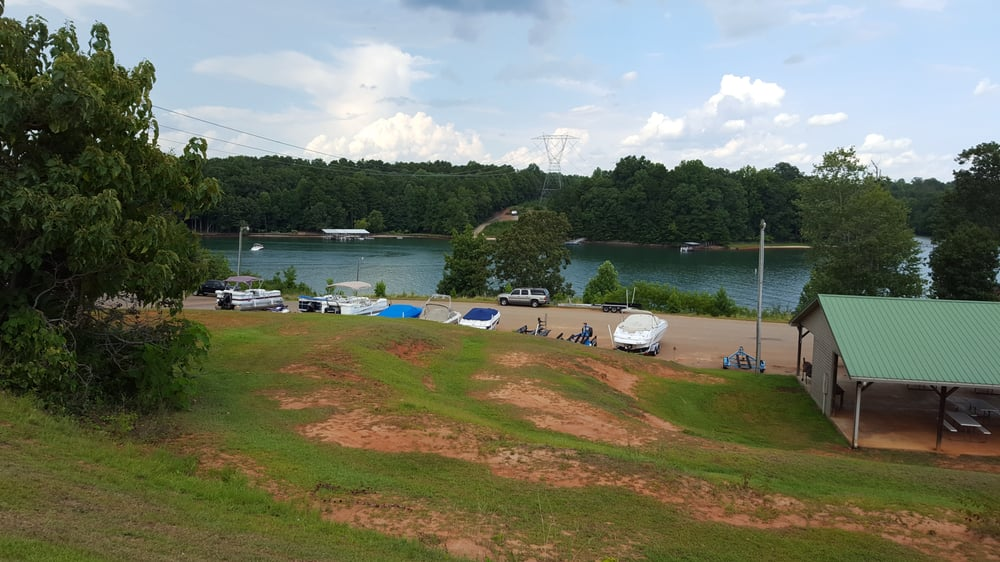 Crooked Creek Rv Park: 777 Arvee Ln, West Union, SC