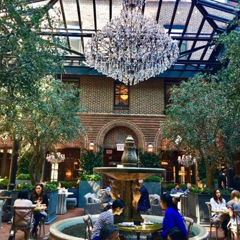 restoration hardware flagship store chicago 3 arts building hardwares on track to exceed expectations photo united states th