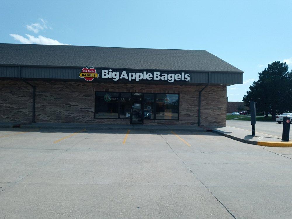 Big Apple Bagels: 3341 W. State St., Grand Island, NE