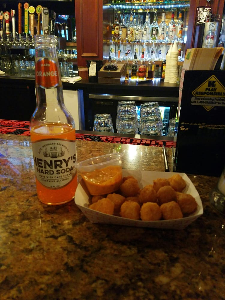 Diamond Pub & Billiards: 630 Barret Ave, Louisville, KY