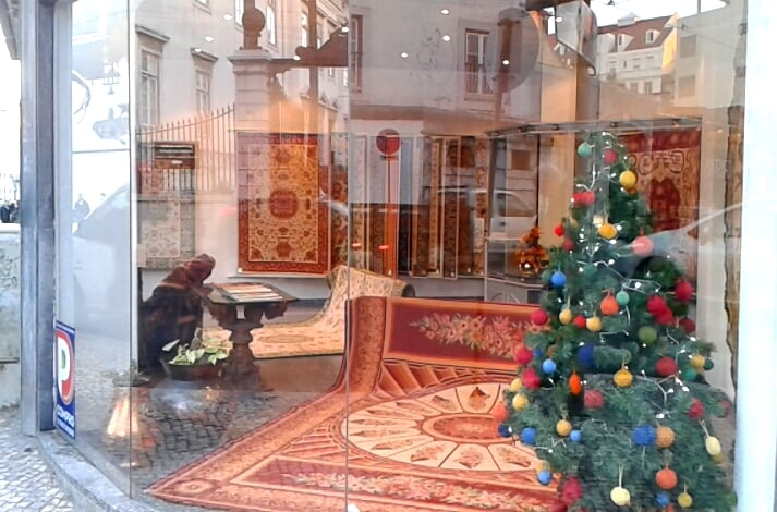 casa dos tapetes de arraiolos plaatsen vast tapijt rua da imprensa nacional 116e pr ncipe. Black Bedroom Furniture Sets. Home Design Ideas