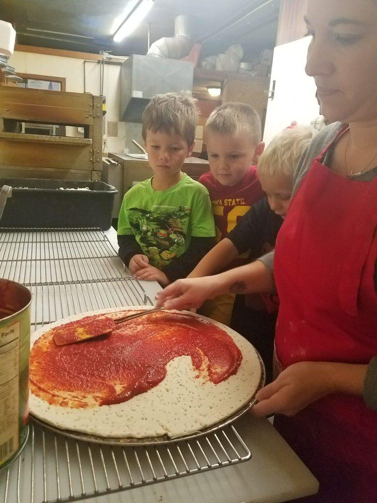 Premier Pizza: 121 E State St, Algona, IA
