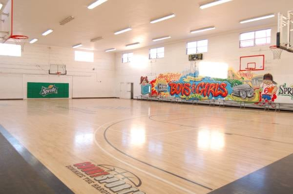 Indoor Basketball gym at Los Angeles Boys & Girls Club for rent. - Yelp