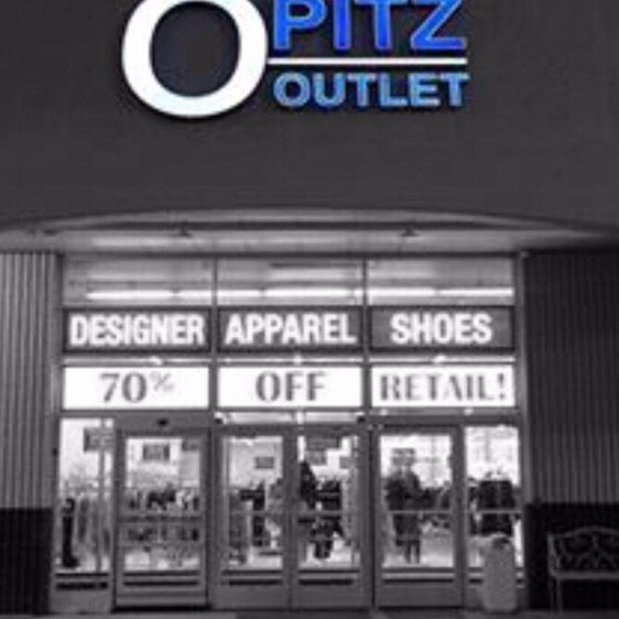 Comment From Lyndly O Of Opitz Outlet St Louis Park Business Customer Service