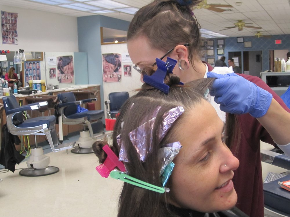 American College Of Hairstyling Cuts Hair Salons 603 E 6th St
