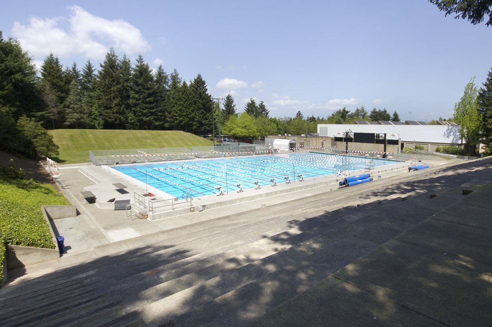mt hood community college aquatic center swimming lessons schools 26000 se stark st
