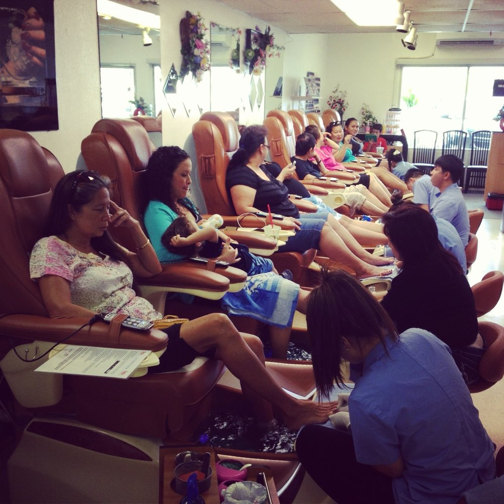 T Spa And Nail Supply: T&T Nails And Beauty Salon