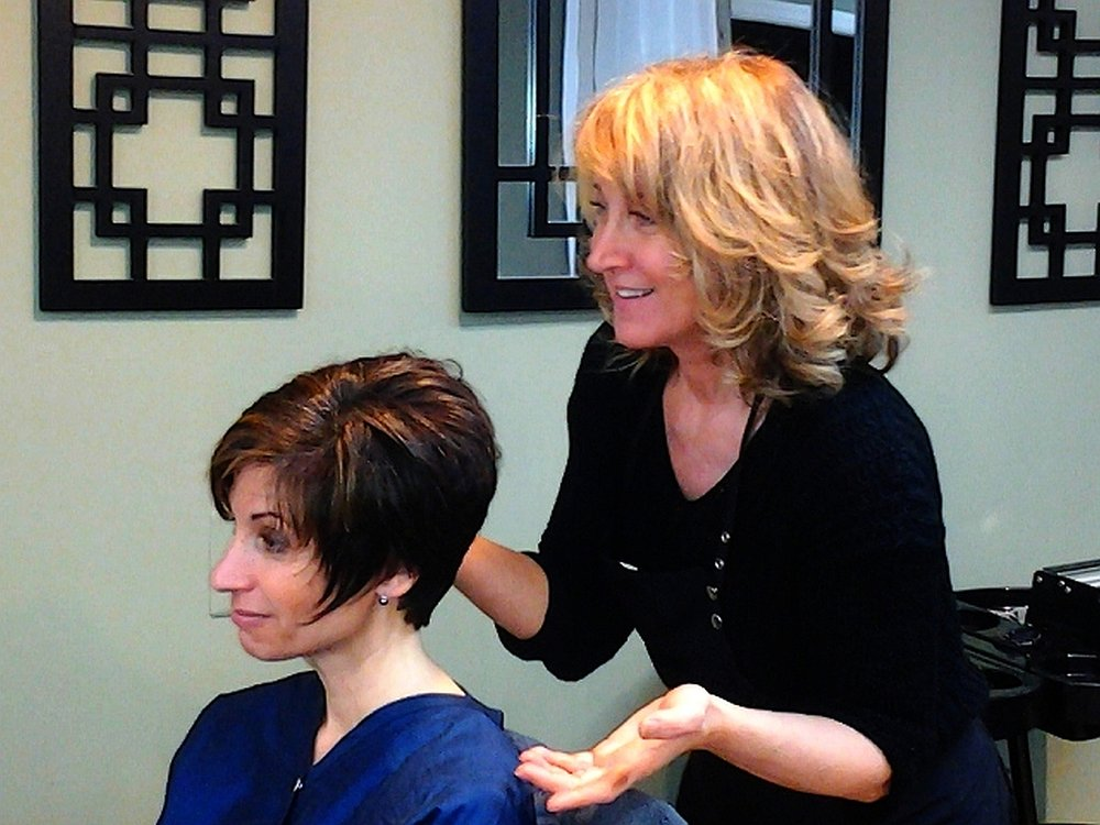 Robert christie salon hair salons 113 post rd for Adams salon fairfield ct
