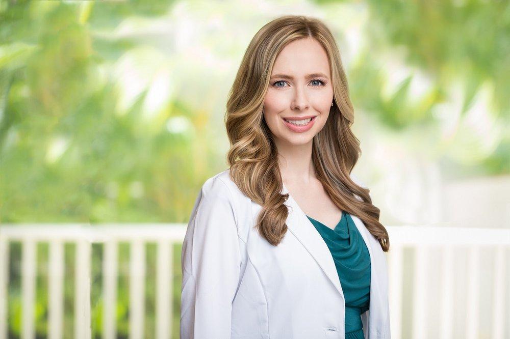Dermatologist West Island Private