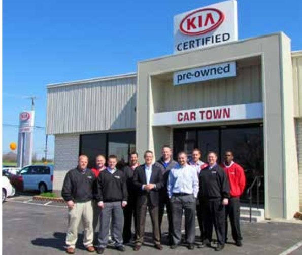 car town kia usa 30 photos car dealers 3120 lexington rd nicholasville ky phone number. Black Bedroom Furniture Sets. Home Design Ideas