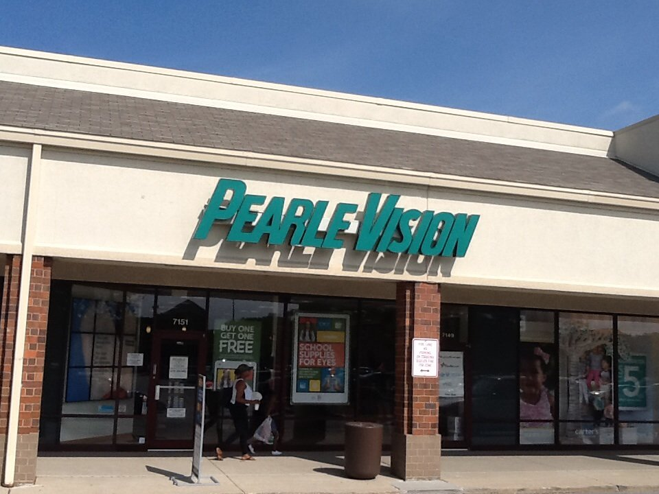 Find a local Pearle Vision eye care center using our store locator. Your neighborhood vision center has everything from eyeglasses to lenses to eye exams.