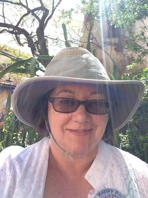Lynne L.