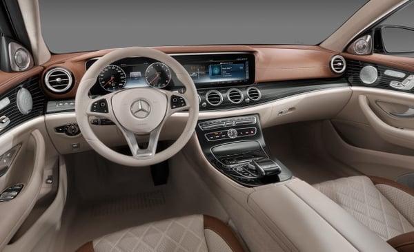 Mercedes- Benz Guy 1.