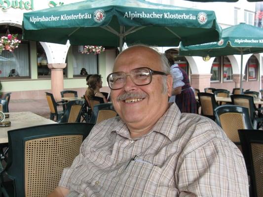 Klaus S.