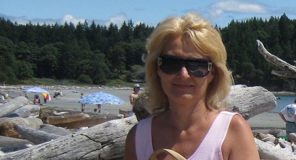 Rena B.