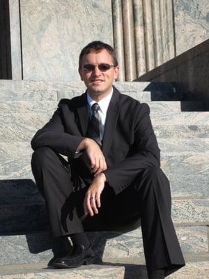 Claudio V.