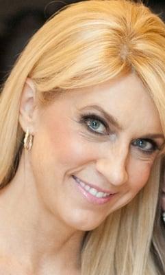 Jeanne R.