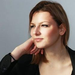 Elodie D.